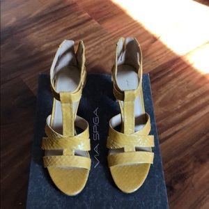 Via Spiga mustard yellow Shoes